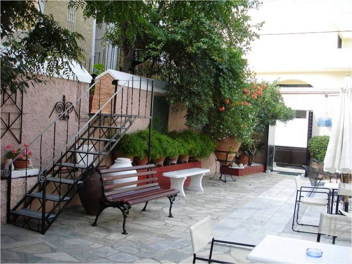 Aesthetics I love: the Athens Centre courtyard.