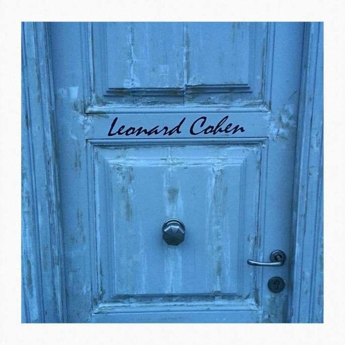 leonard-cohen-room